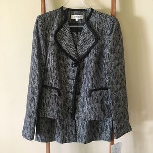 NWT Skirt Suit